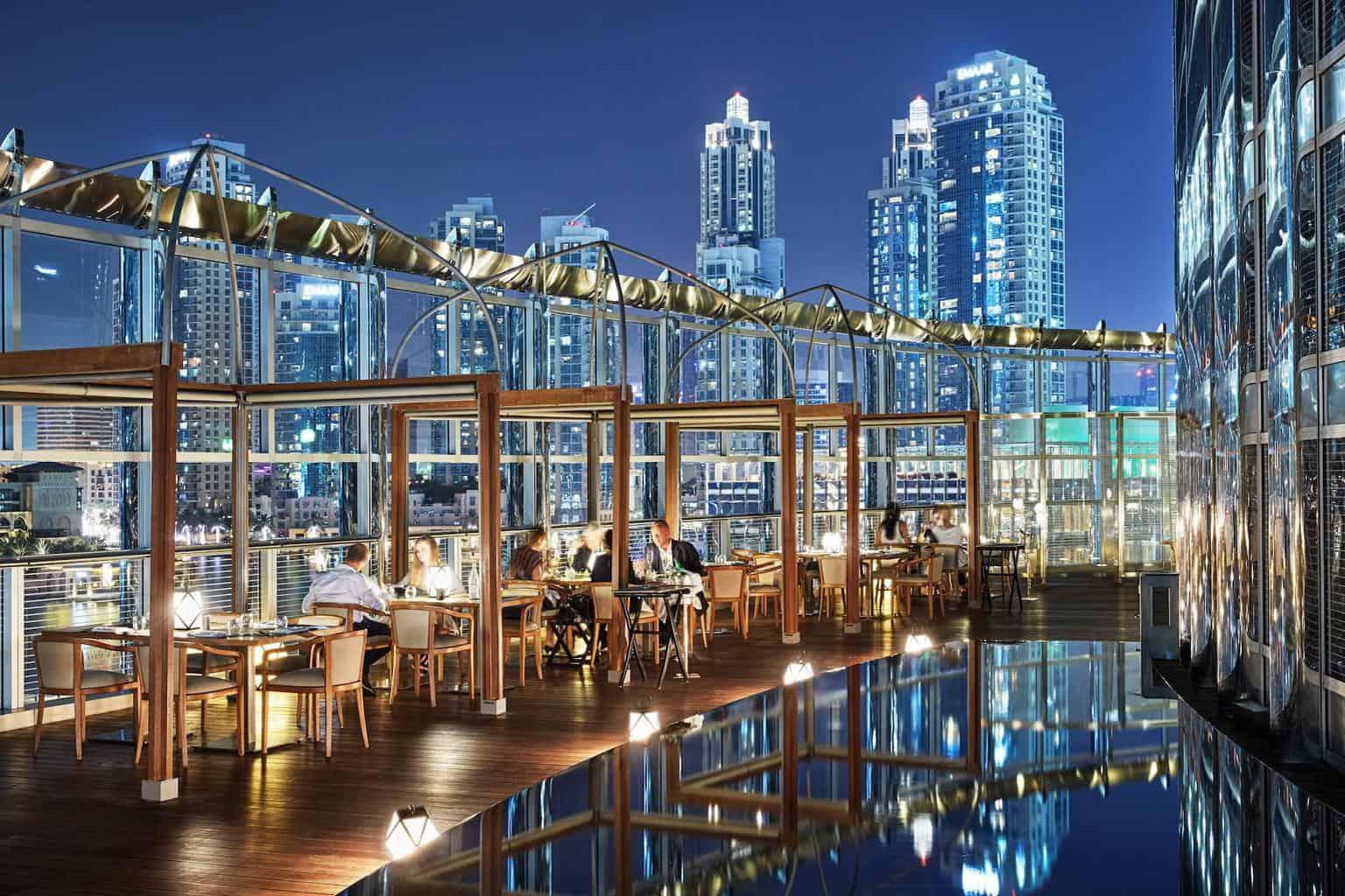 Armani hotel - pohled z restaurační terasy